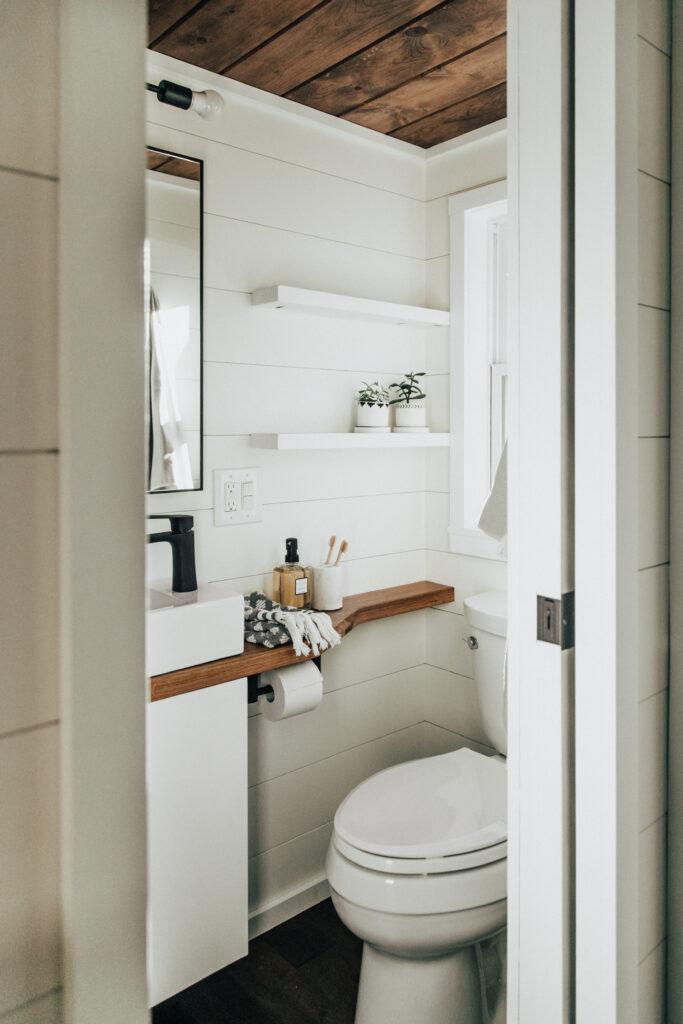 The Toccoa– Bath