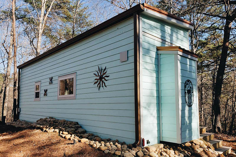 Setting Up Your Tiny Home - Skirting 2
